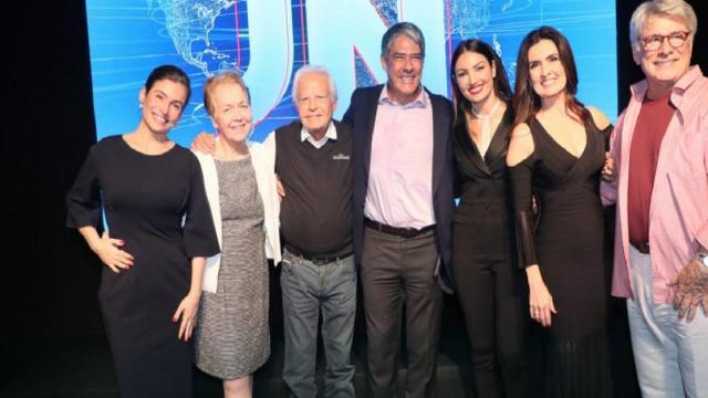 Fátima posta foto junto de Bonner para comemorar os 50 anos do JN