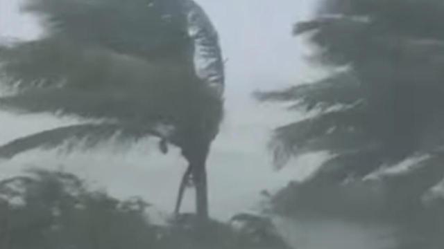 Usa: l'uragano Dorian ha devastato le Bahamas, ora punta la Florida