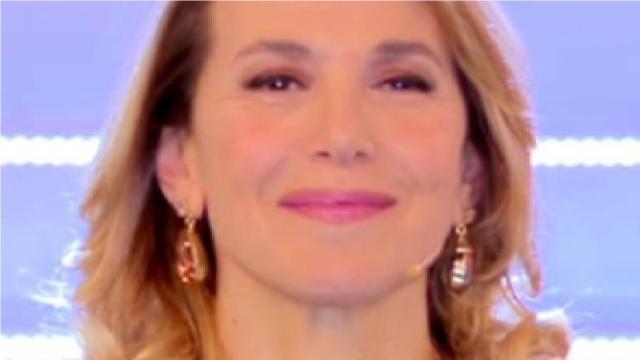 Barbara D'Urso preoccupa i fan su Instagram: 'Una lastra mi è entrata in testa'