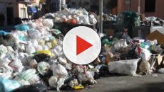 Tuturano, ancora cumuli di spazzatura per le strade e vicino al campo sportivo