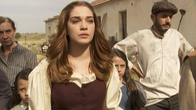 Anticipazioni trame Il Segreto al 21 settembre: Isaac va su tutte le furie, Elsa si sposa