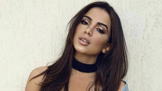 Anitta bloqueia ex-namorado após término, diz colunista