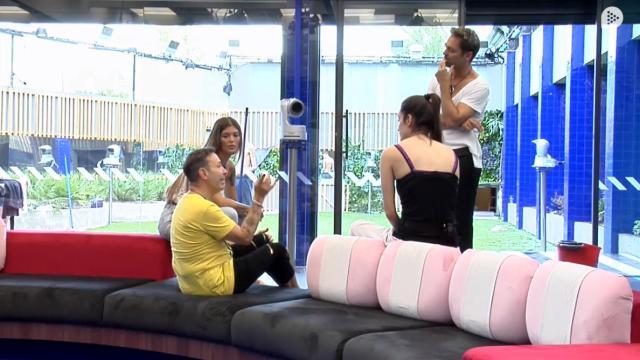 GH VIP 7/ Adara Molinero confiesa lo que piensa de Pol y Joao: 'Me importa un bledo'