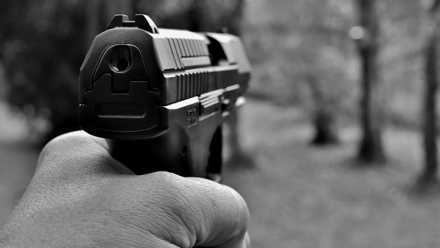 Familia é morta a tiros em cidade do Paraná