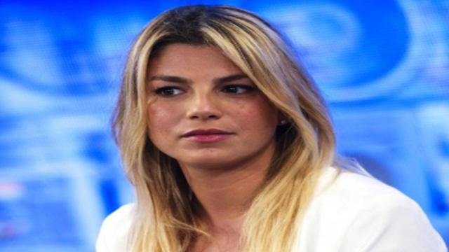 Emma Marrone si prende una pausa per problemi di salute: l'annuncio via social
