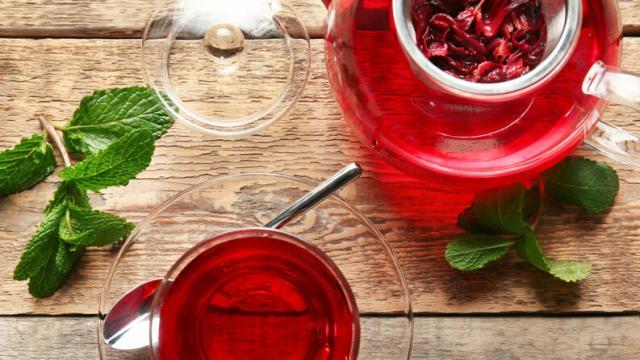 Cinco beneficios del té de hibisco