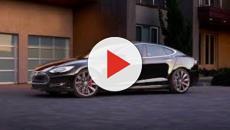 La Taycan dépasse une Tesla et fait beaucoup parler