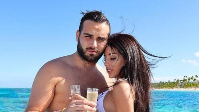 Les Marseillais vs Le Reste du Monde 4 : Nikola et Laura officialisent leur couple (vidéo)