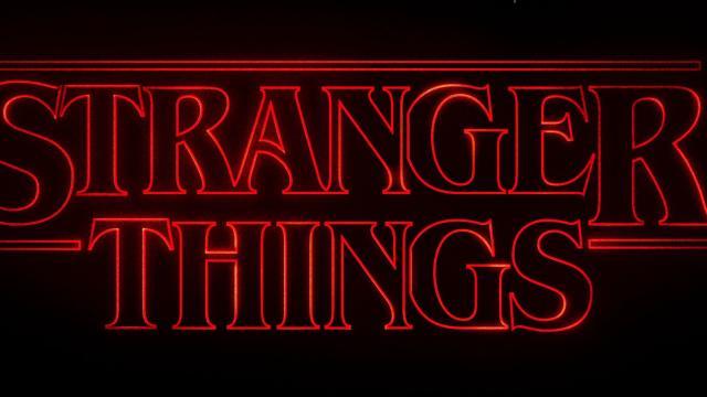 Stranger Things 4, Harbour pubblica un 'girasole capovolto': forse è un indizio su Hopper