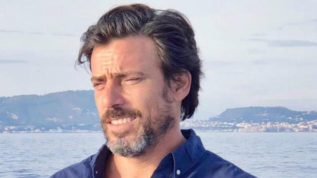 Un Posto al Sole: Il volto di Andrea Pergolesi lascia temporaneamente il set