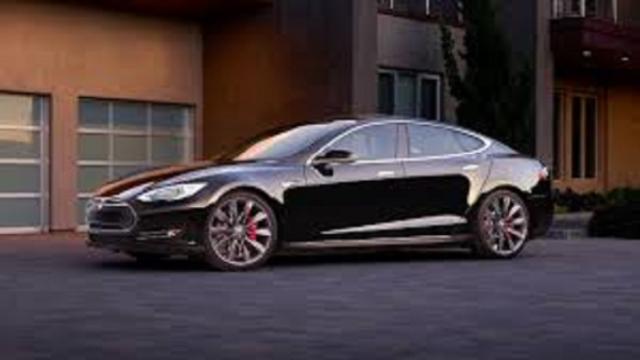 Tesla, objectif 100 000 voitures
