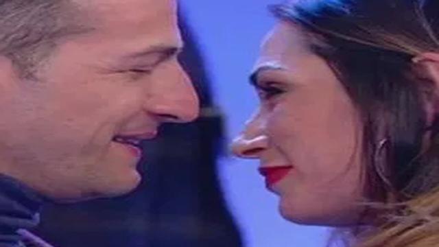 Uomini e Donne spoiler, Riccardo dichiara il suo amore a Ida Platano