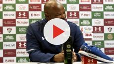 Familiares do técnico do Fluminense são assustados por torcedores rivais
