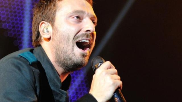 Cesare Cremonini commenta l'esibizione di Monte: 'Non sono Miguel Bosé'