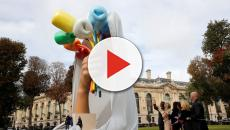 Frenchmen suspicious of Jeff Koon's tulip sculpture