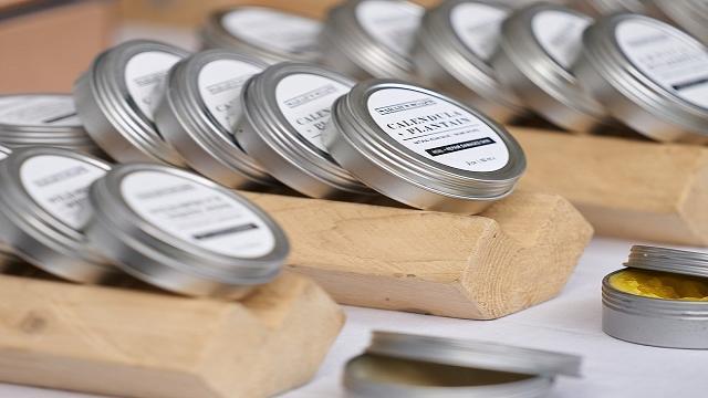 Expertos certifican que la crema antiedad low cost de Mercadona supera a las de lujo