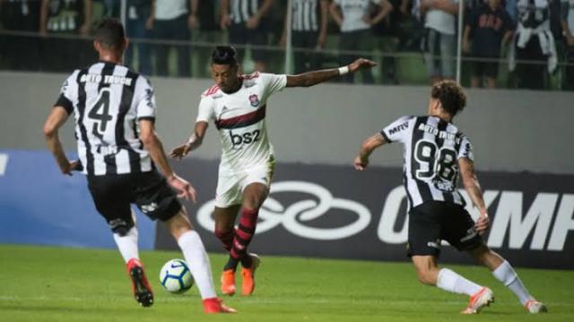 Flamengo x Atlético-MG: onde assistir, escalações e arbitragem