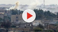 Siria: colpito un convoglio di civili, tra cui giornalisti stranieri: circa 14 morti