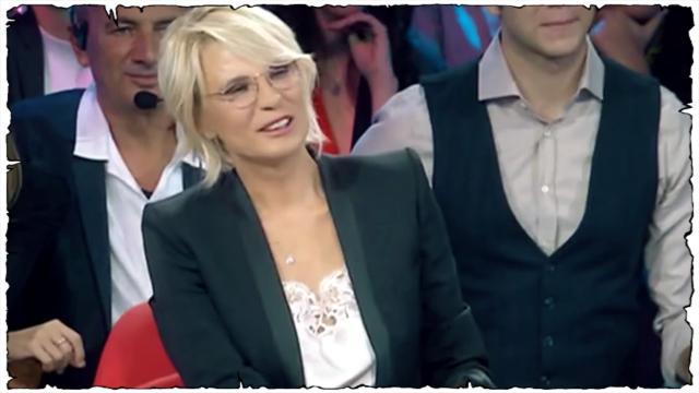Amici Celebrities, semifinale: Maria De Filippi sarà il quarto giudice