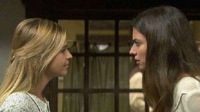 Il Segreto, spoiler: Antolina donerà 1200 pesetas ad Isaac per l'operazione di Elsa