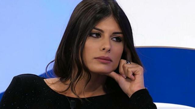 Giulia Cavaglià, ex U&D, si mostra su IG mentre bacia Francesco Sole