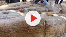 Egitto, a Luxor riportati alla luce 20 nuovi sarcofaghi ancora sigillati