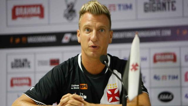 Maxi Lopez 'ringrazia' Mauro Icardi per essersi portato via Wanda Nara