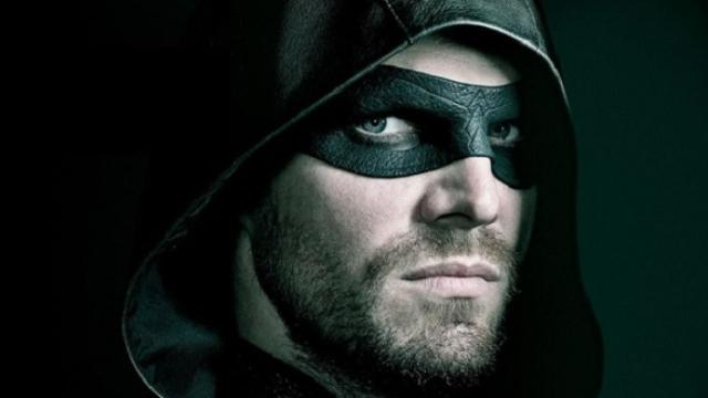 Arrow 8: è arrivata la 'Crisi' con la distruzione di Terra-2