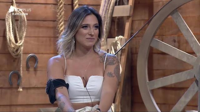 Tati Dias diz que foi eliminada de A Fazenda por culpa de Hariany