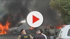 Avião cai no meio da rua em Belo Horizonte e deixa três mortos