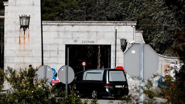 Detenido Cake Minuesa en el Valle de los Caídos al intentar grabar la exhumación de Franco