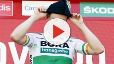 Ciclismo, Lefevere su Bennett: 'Ho rifiutato delle proposte della Bora Hansgrohe'