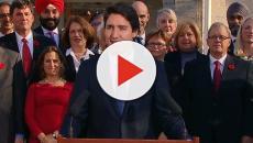 Canada election: Trudeau's Liberals win but lose majority