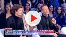 Live - Non è la d'Urso, Rocco Siffredi: 'Ho avuto un rapporto al funerale di mia madre'