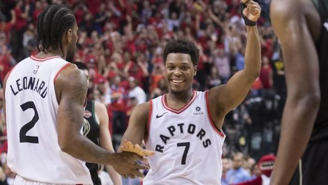 NBA começa nesta terça com campeão em quadra e duelo de Los Angeles