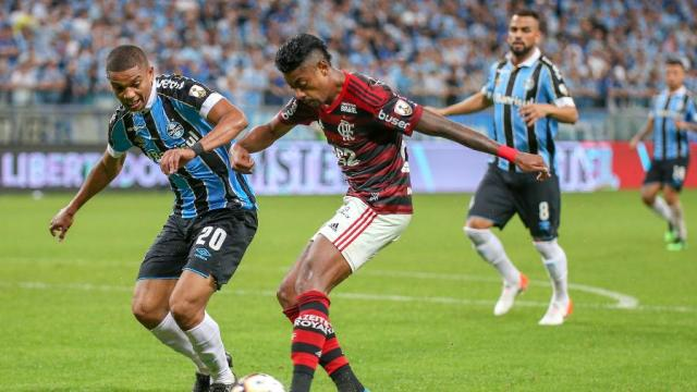 Flamengo x Grêmio: onde assistir ao vivo, possíveis escalações e arbitragem