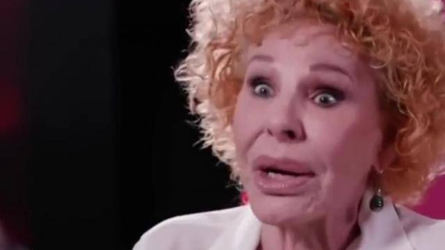 Amici, Ornella Vanoni fa una gaffe sulla Camassa: 'Quando sei sopra Filippo'