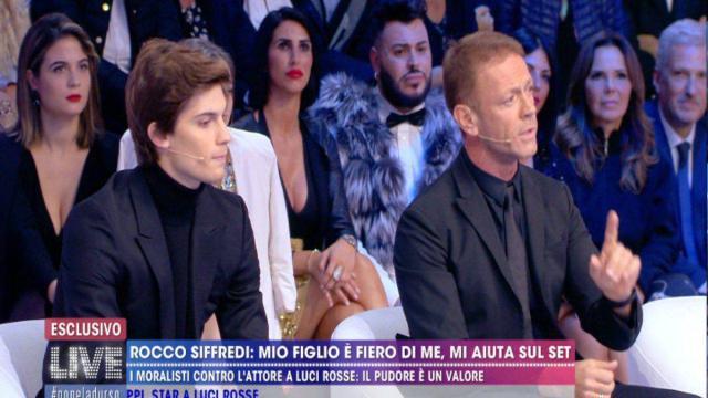 Rocco Siffredi replica a Selvaggia Lucarelli: 'Ciò che faccio non è il male'