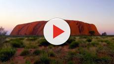 Tourists to scale Uluru for the final time