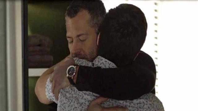 'A Dona do Pedaço': Agno e Leandro dão o beijo em casamento no capítulo final