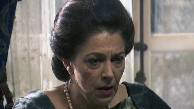 Il Segreto, anticipazioni spagnole: Antonita pensa che Donna Francisca stia impazzendo