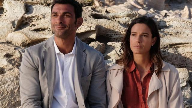 L'Isola di Pietro 3, Elena e Valerio saranno impegnati sul caso della morte di Lara