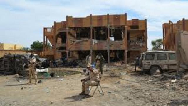 Mali : l'attaque terroriste fait 53 morts chez les soldats
