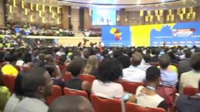 Mounouna Foutsou promouvoit l'entreprenariat au Cameroun