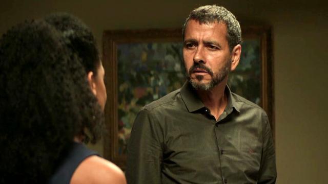 Amadeu deixa defesa de Jô após ela mentir à polícia