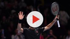 Atp Finals, Federer batte Djokovic in due set e vola in semifinale