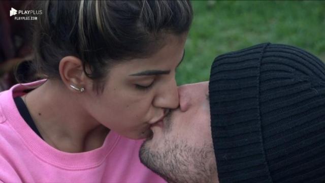 Após se beijarem, Lucas e Hary fazem acordos para melhorar o relacionamento