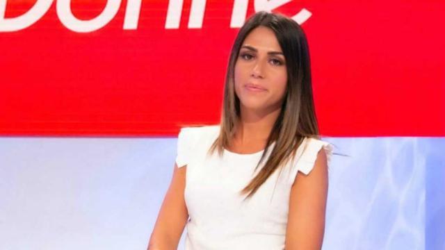 Uomini e Donne, Giulia sceglie Daniele Schiavon dopo aver cambiato intensi sguardi