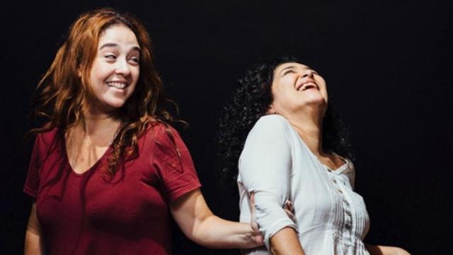 Debora Lamm se declara para Inez ao comemorar 10 anos de união: 'que sorte'