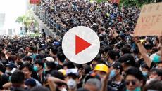Hong Kong, ancora tensioni: si manifesta nelle pause pranzo